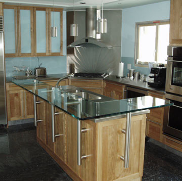 L-Shaped Regular Glass Bar Top