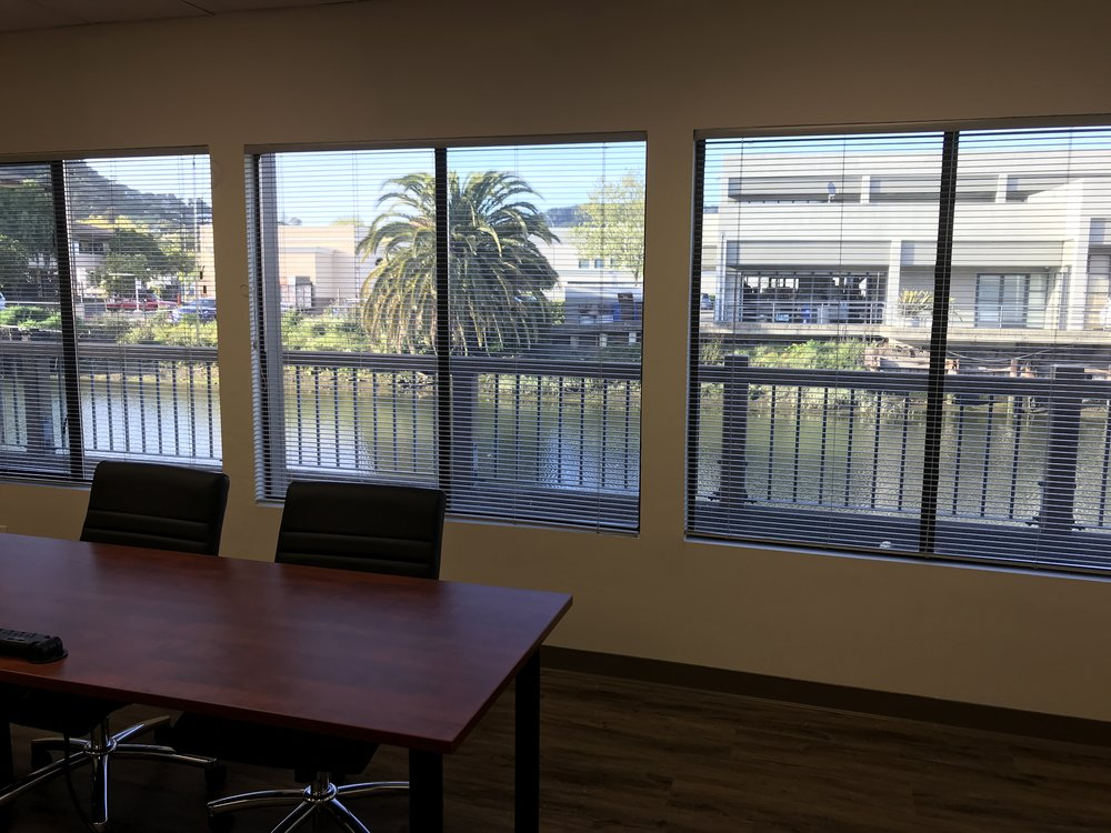 Extra large conference room - Water view
