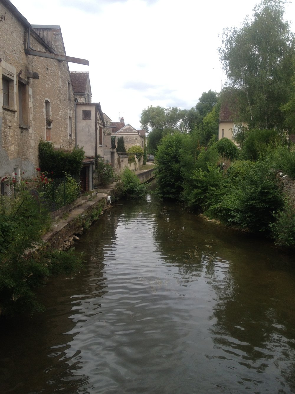 Chablis and the River Serein which runs through the village.