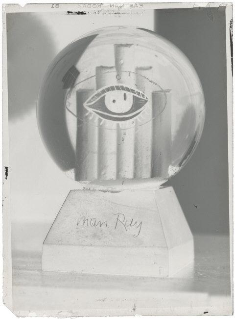 Man Ray (1890-1976) © ARS, NY    Snowball,  1935. Silver gelatin dry glass plate negative, 11.6cm x 8.6cm. Inv# AM1995-281 (199).    Location:   Musee National d'Art Moderne, Centre Georges Pompidou, Paris, France    Photo Credit:   © CNAC/MNAM/Dist. RMN-Grand Palais / Art Resource, NY    Image Reference:   ART493059