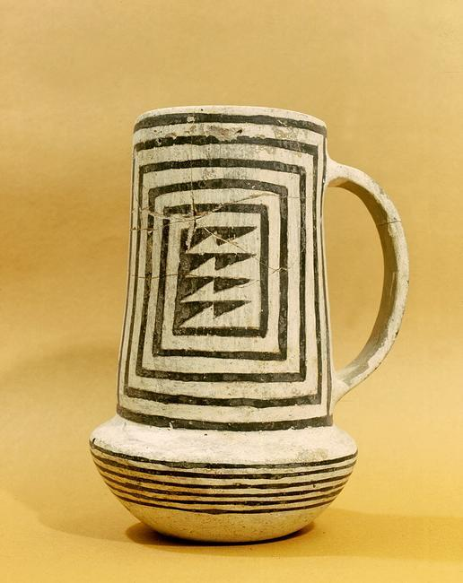 A black-on-white pitcher. The geometric design can be traced back to earlier basketry. Country of Origin: USA. Culture: Anasazi, Pueblo period. Date/Period: c. 1000 AD. Material Size: h = 20 cms. Credit Line: Werner Forman Archive/ Maxwell Museum of Anthropology, Albuquerque, NM. Location: 05.    Photo Credit:   HIP / Art Resource, NY    Image Reference:   AR9147066