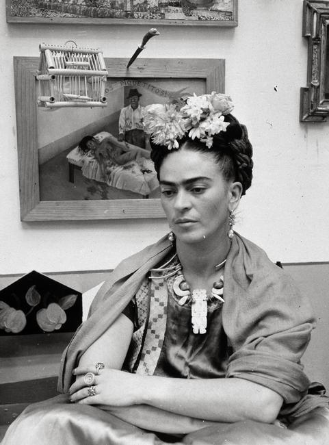 La pintora mexicana Frida Kahlo.    Photo Credit:   Album / Art Resource, NY    Image Reference:   alb374470