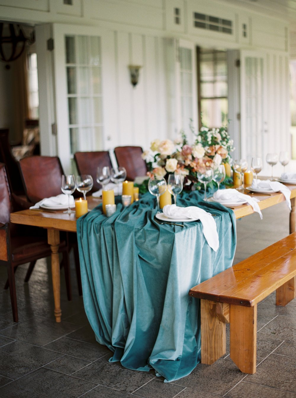 Wedding Table Setting with blue table scape