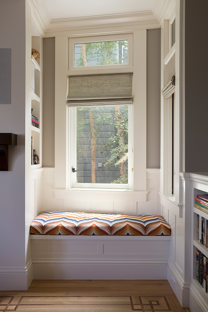 Window Niche with Seat Cushion