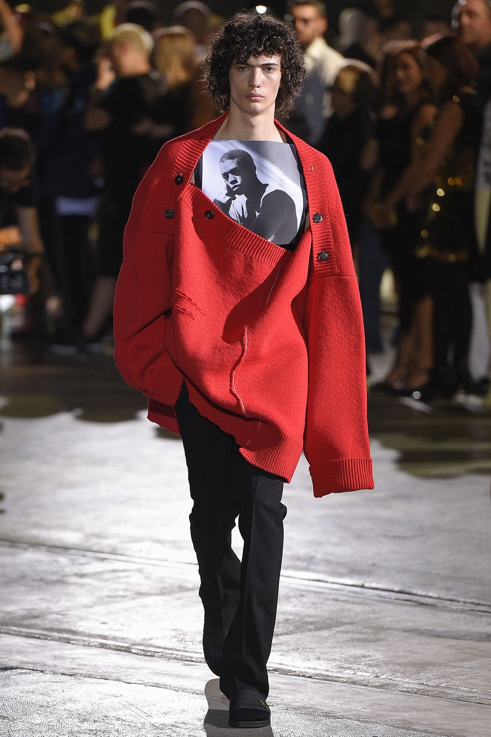 Raf Simons SS17 / Photo: vogue.com