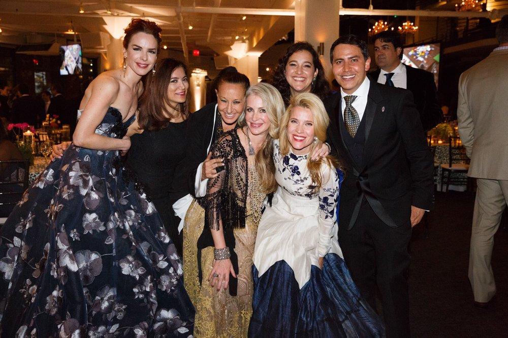 Eglantina Zingg, Donna Karan, Carmen, Celina de Sola, Jana Pasquel de Shapiro and fellow Glasswing supporters.