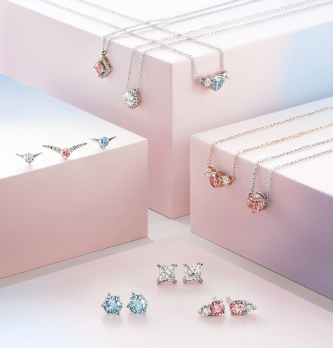 De Beers' Lightbox Jewelry.