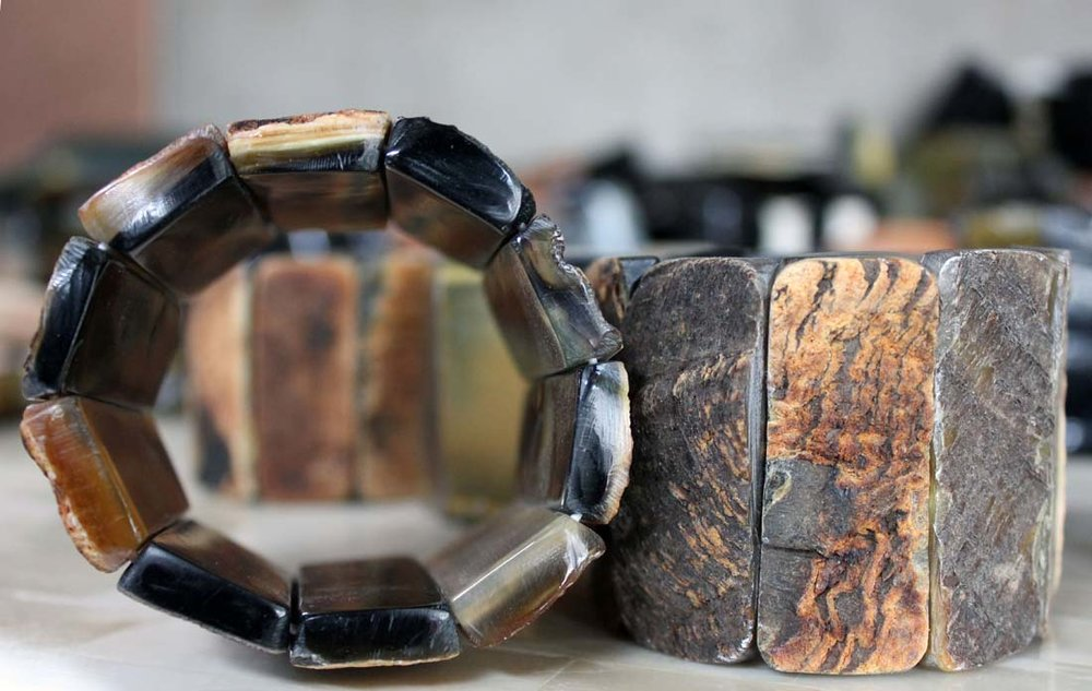 Jewelry crafted from horn / Photo: Romel Jean-Pierre