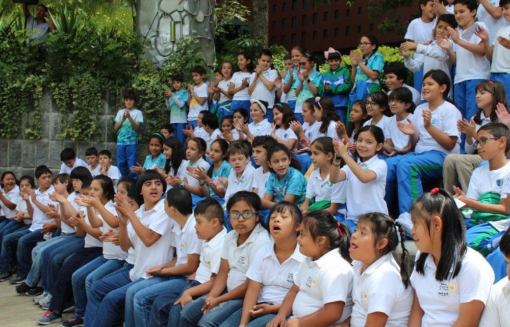 Children from the Fundación Margarita Tejada on an interchange program with the local Montessori school.