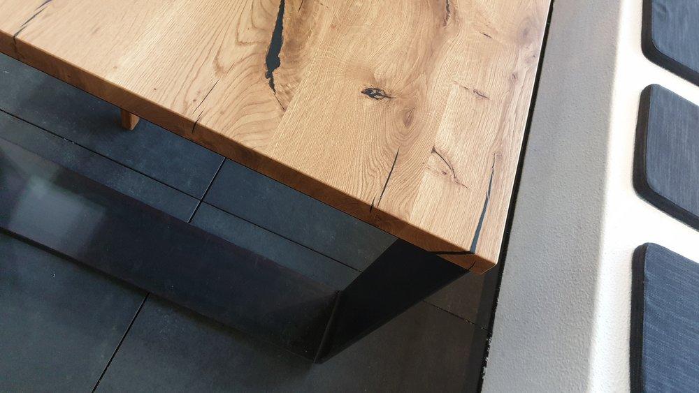 Tisch_Eiche_Detail_Tischlerei_Hofmann.jpg