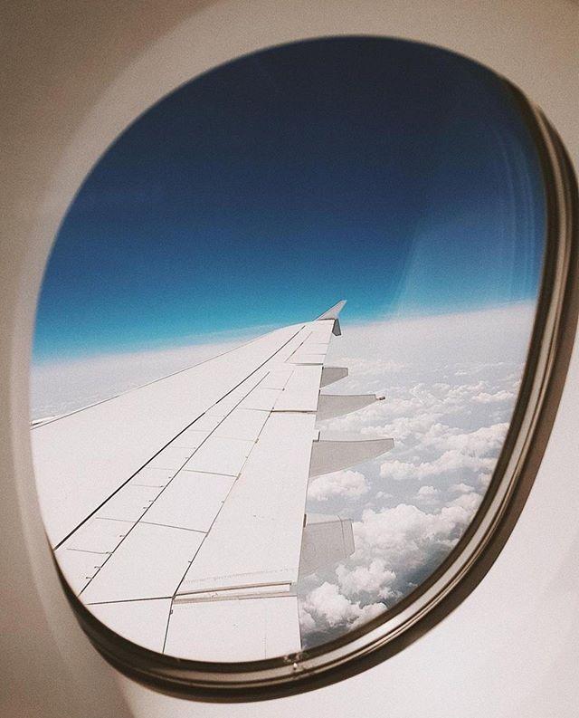 Now boarding: flight SeatDreamzzz. Destination: somewhere between sleep and comfy-town. #seatdreamzzz photo via @sincerelyjules