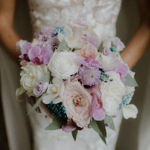 Atelier Ashley Flowers + DC Wedding Florist + Sarasota Wedding Florist + Tahoe Wedding Florist + Wedding Centerpiece + Bridal Bouquet +Bridesmaids Bouquets + https://www.atelierashleyflowers.com + Luck and Love Photography