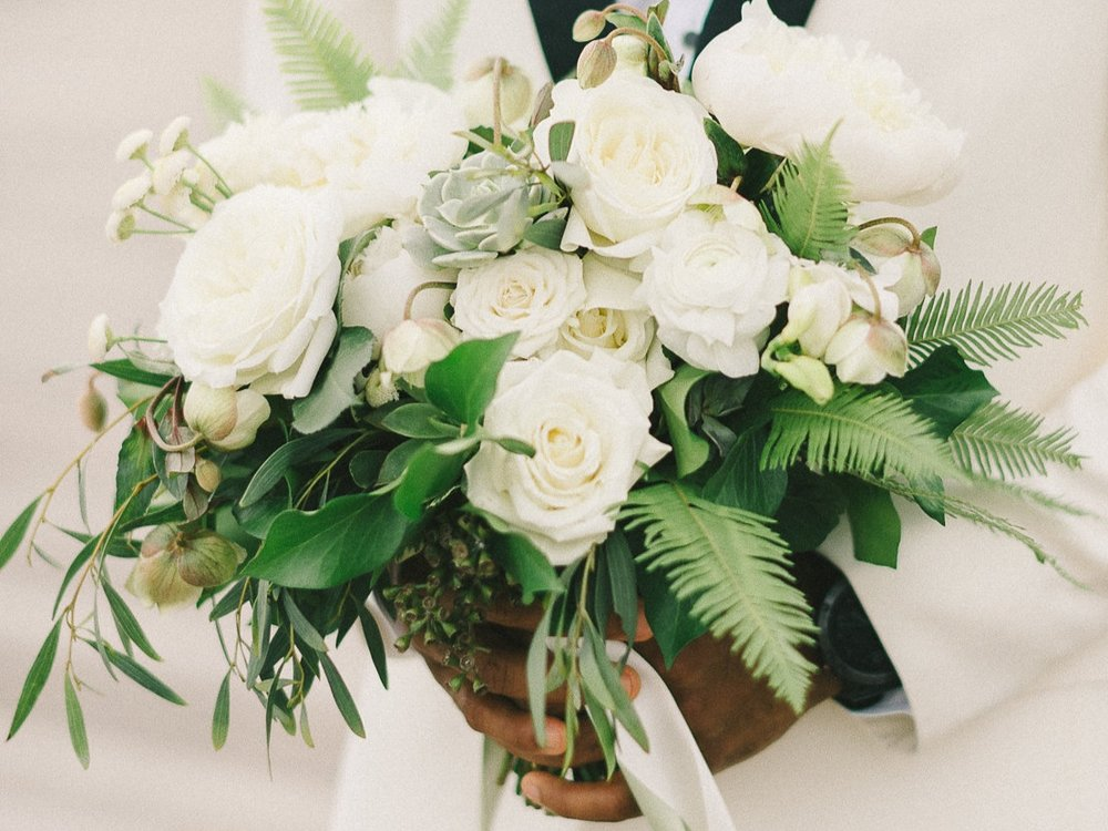 Atelier Ashley Flowers + Green and Whit Bouquet +Elizabeth-Fogarty-Wedding-Photography
