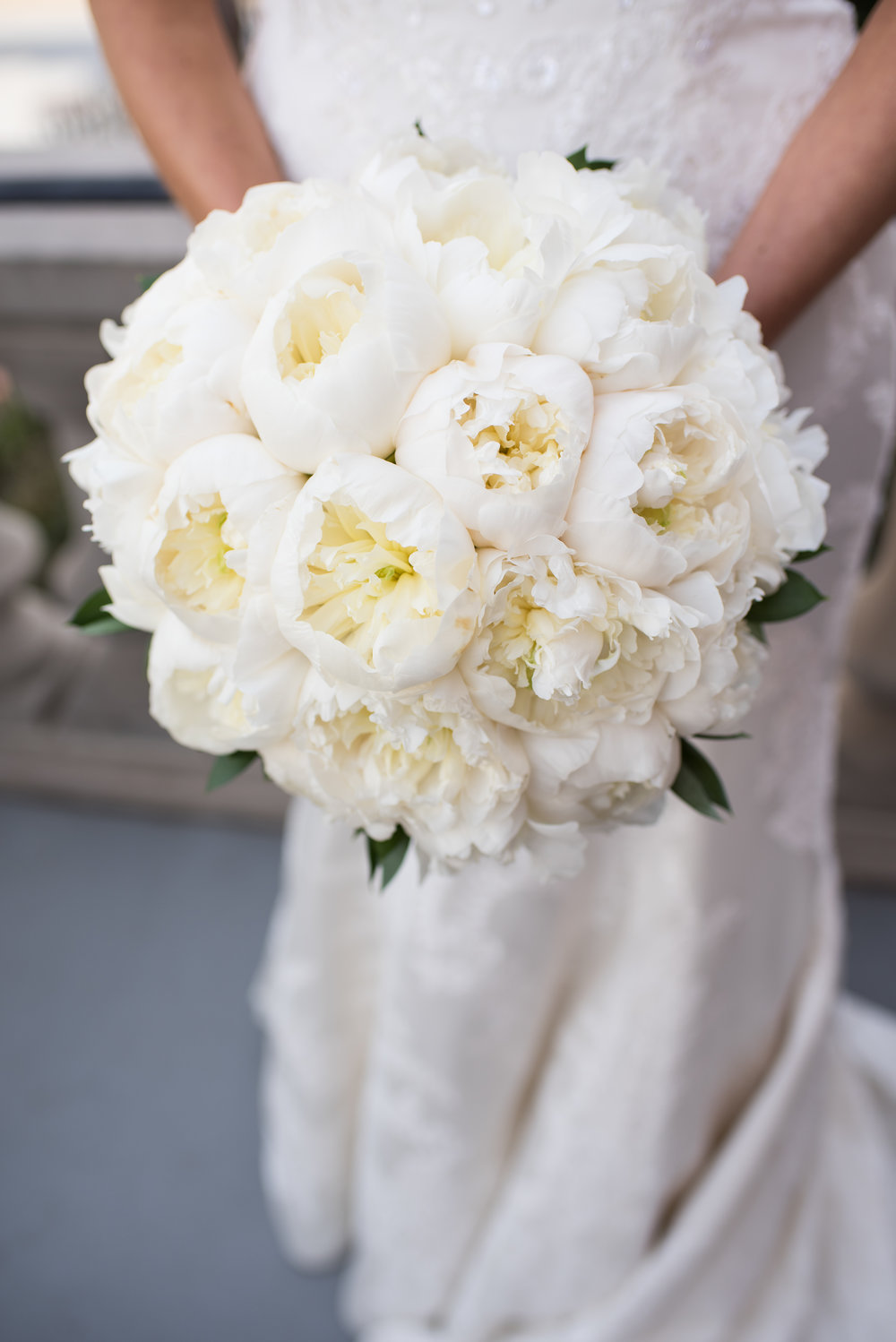 Atelier ASHLEY Flowers + Erin Tetterton Photography + All peony bouquet + All white bouquet  + round bouquet + National Press Club