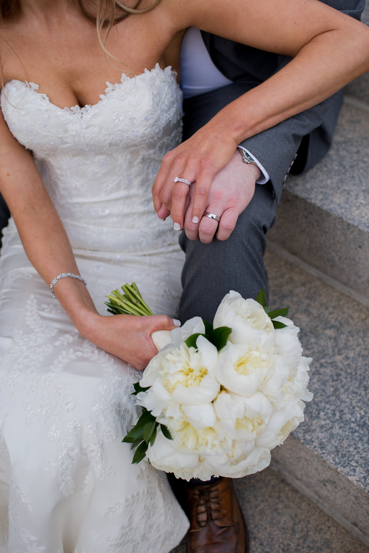 Atelier Ashley Flowers + Erin Tetterton Photography + All white phony bouquet + Gonzaga Church