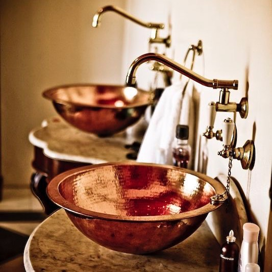 Steampunk themed bathrooms are our favourite, so much room for creativity with pipes, brass materials and solid surfaces.  #steampunktasmania #steampunkstyle #steampunktendencies