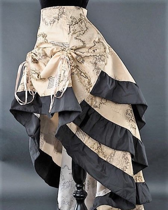 How amazing is this Steampunk skirt for inspiration? We love the map detail and the black hemming. #steampunktasmania #steampunkstyle #steampunktendencies