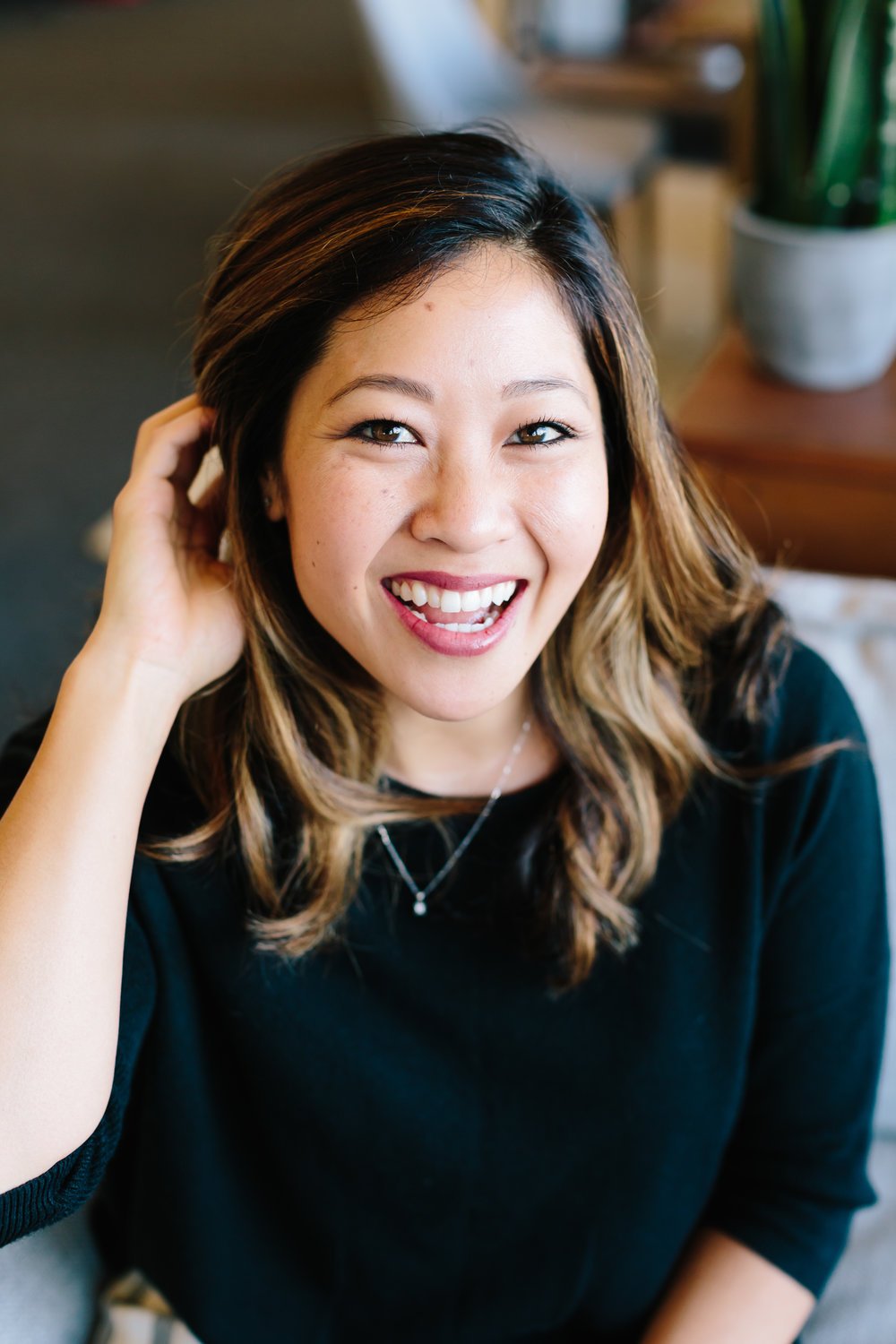 Leslie Wong, Founder, Burgundy Fox Inclusivity in Your Wedding Business Small Talk | Tuesday 3:30pm Follow Burgundy Fox @burgundyfoxco Leslie Wong is the founder of Burgundy Fox, a subscription lingerie brand on a mission to celebrate all bodies and empower women to love themselves. She experienced first-hand how awkward and unenjoyable lingerie shopping could be, and discovered that it was fraught with barriers for regular women: size, price and style. Burgundy Fox was launched to remove those barriers and to celebrate women, mind and body. Leslie has 10 years of marketing and partnership experience, serves as an advisor to HoneyBook and Rising Tide Society's Creative Council and spends her free time practicing yoga, listening to podcasts and enjoying good food.