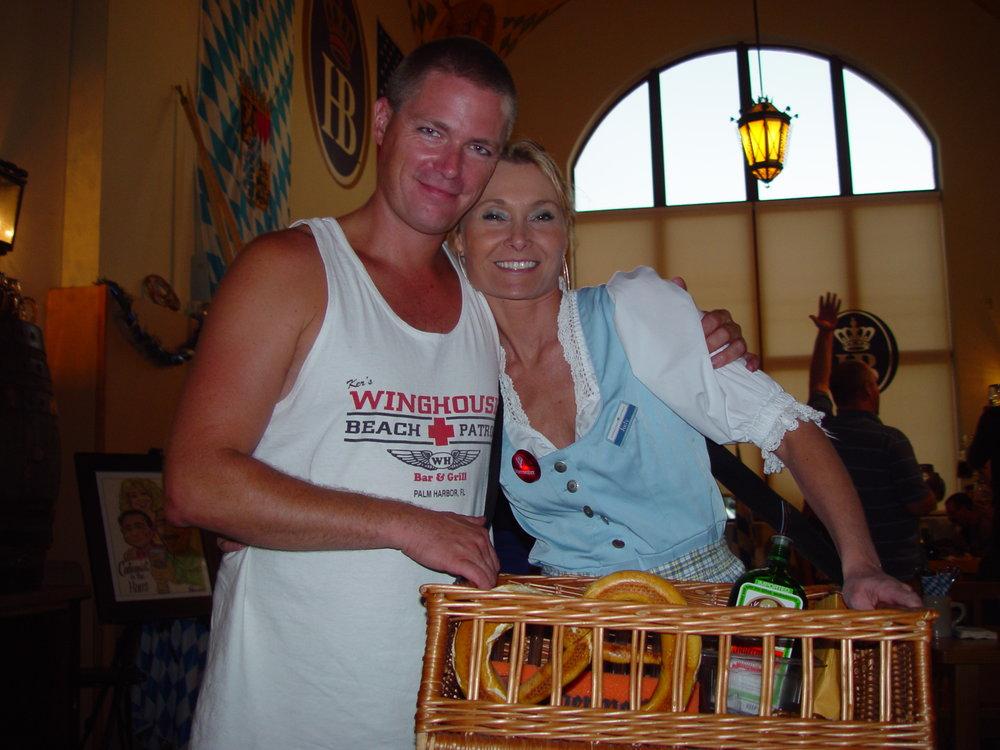 28 - Marty & waitress.JPG