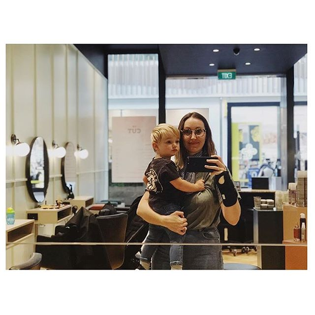 @alexrosewalls & her little cutie in for a trim 😍 kids cuts $25
