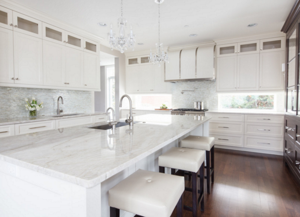 Merveilleux Super White Quartzite Countertops | Designed By Amrami Design Group
