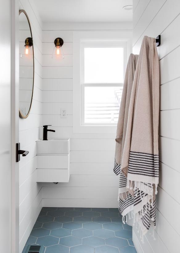 Oceanfront Residence - Meghan Yang Interior Design