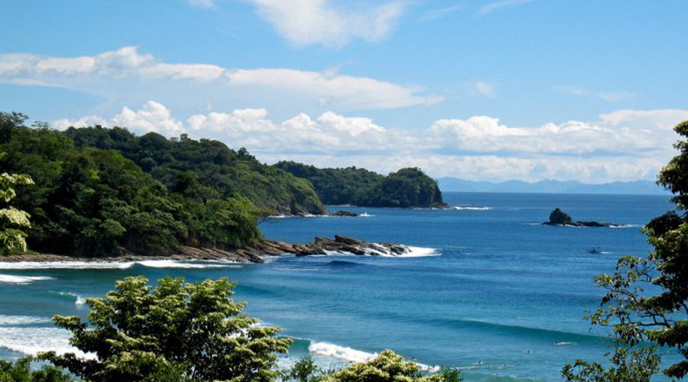 San Juan del sur 7 best surftowns around the world |  Unique Bohemian Beach Items from around the world | Salty Boho Boutique | www.saltyboho.com