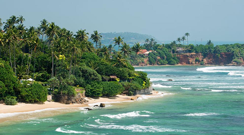 Sri Lanka 7 best surftowns around the world |  Unique Bohemian Beach Items from around the world | Salty Boho Boutique | www.saltyboho.com