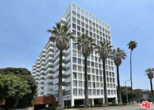 7135 Hollywood #102 - $445,000