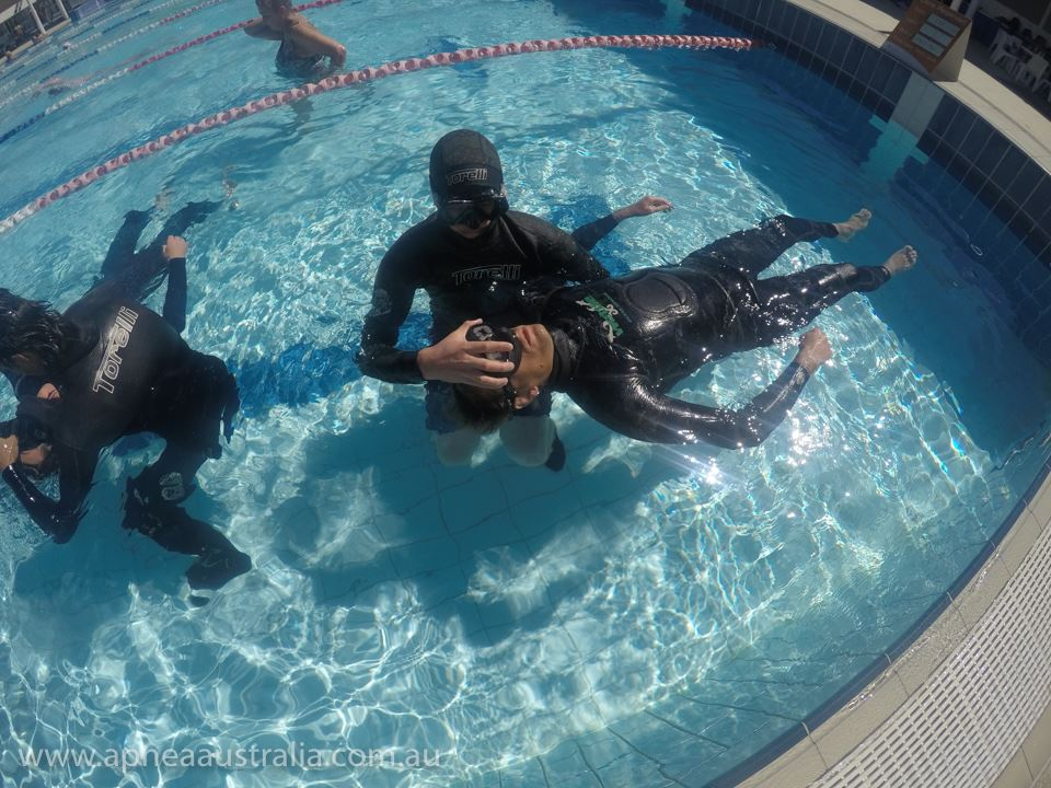 Diver recovery training during a Stage A pool course