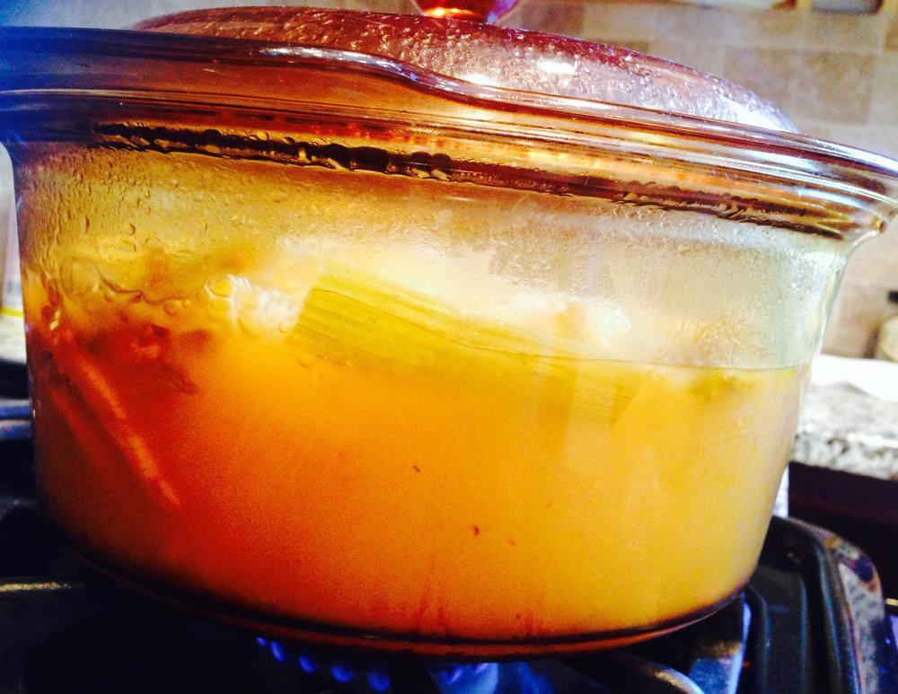 chicken-feet-soup-pot.jpg