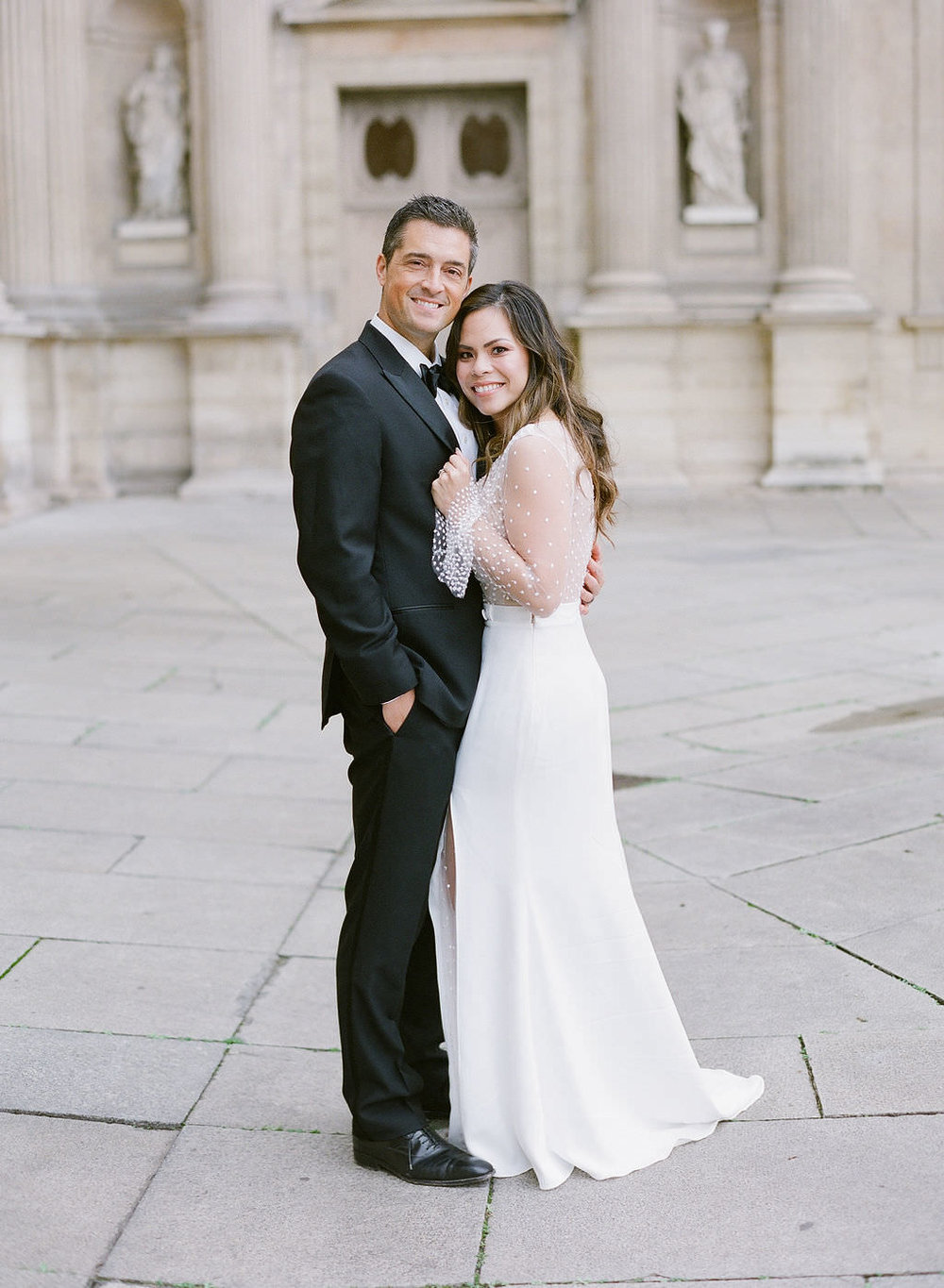 A classic Parisian backdrop for their intimate couple's photo session   Greg Finck Photography