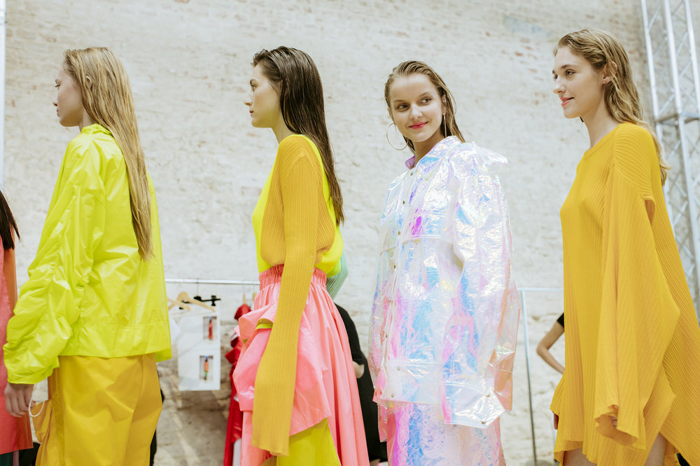 pedro-pedro-giorgio-leone-fashion-backstage-spring-summer-2018-12.jpg