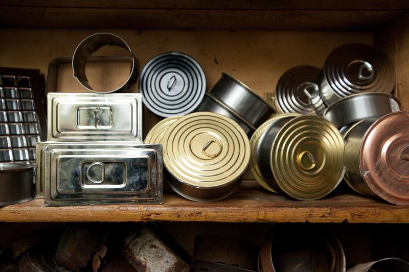 Tuhkaluukut: Käytetyt alkaen 4 eur Uudet alkaen 6,50 eur Halkaisijat 100 - 130 mm Värivaihtoehdot: Sinkitty, niklattu, messinki, valkoinen, musta, kupari.