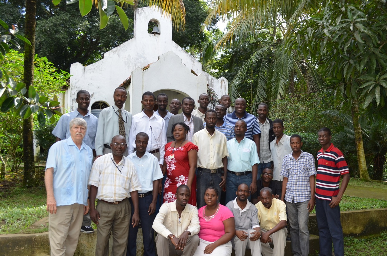 Group shot of January 2012 intensive course participants, UCNH.