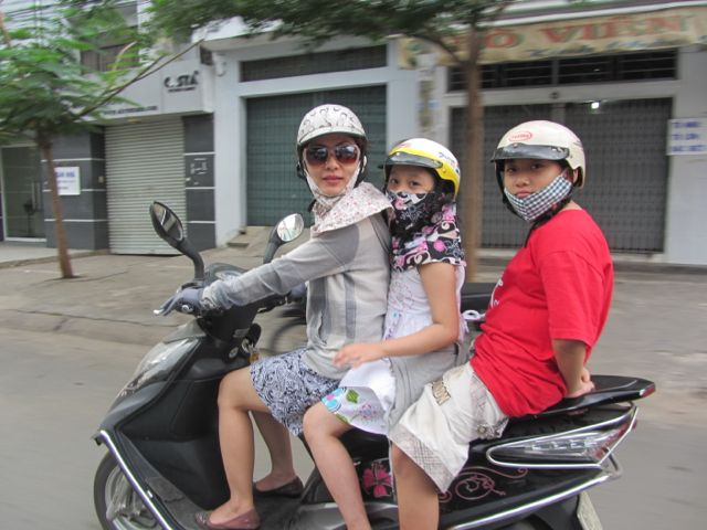 Vietnam-Giam-family-to-church1.jpg