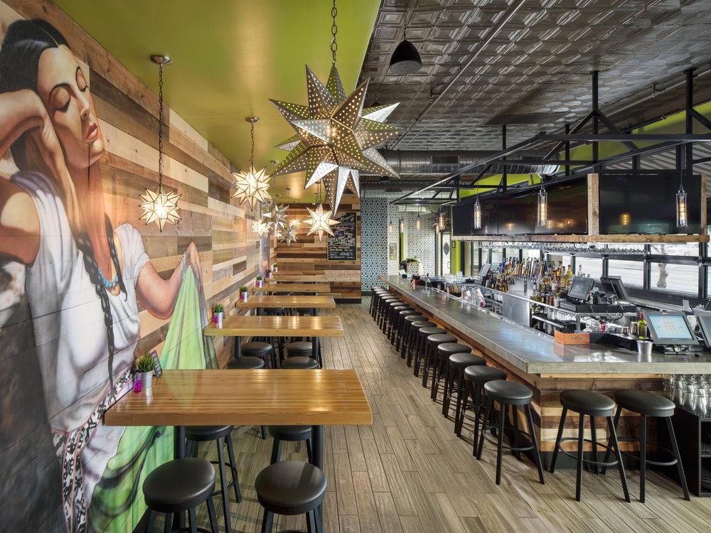 Modern_Interior Dining_b_HighRes.jpg