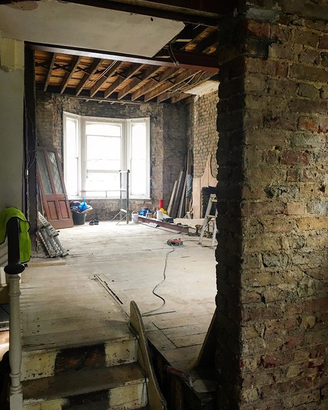 It's no mean structural feat to open up a Victorian house from front to back, but our amazing builders have done a beautiful job here on our W6 job. Starting to see how the new space is going to work!