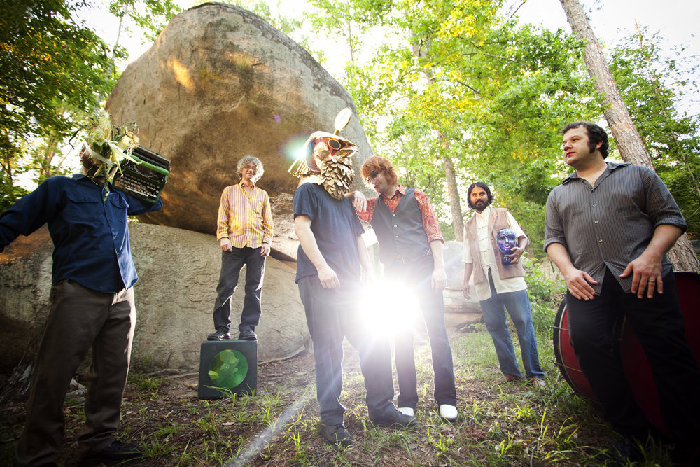The Olivia Tremor Control in 2011. Will's the golden pharaoh next to the late great Bill Doss.