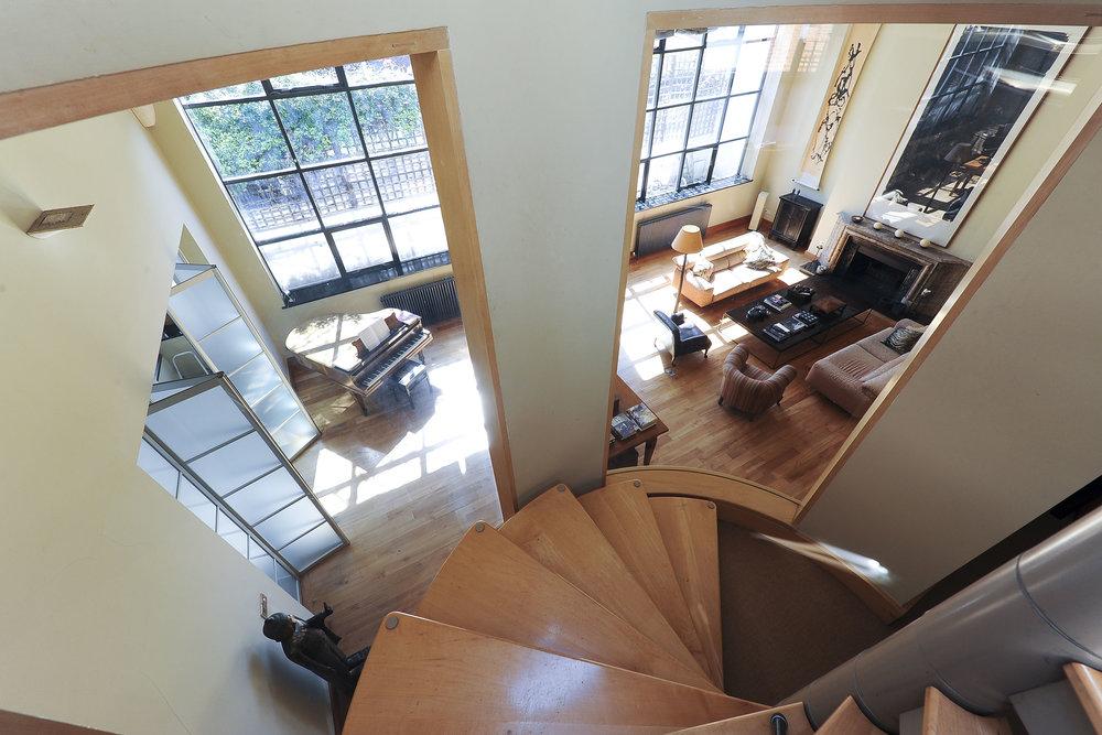 35 Macauley Rd Stairs 1L copy.jpg