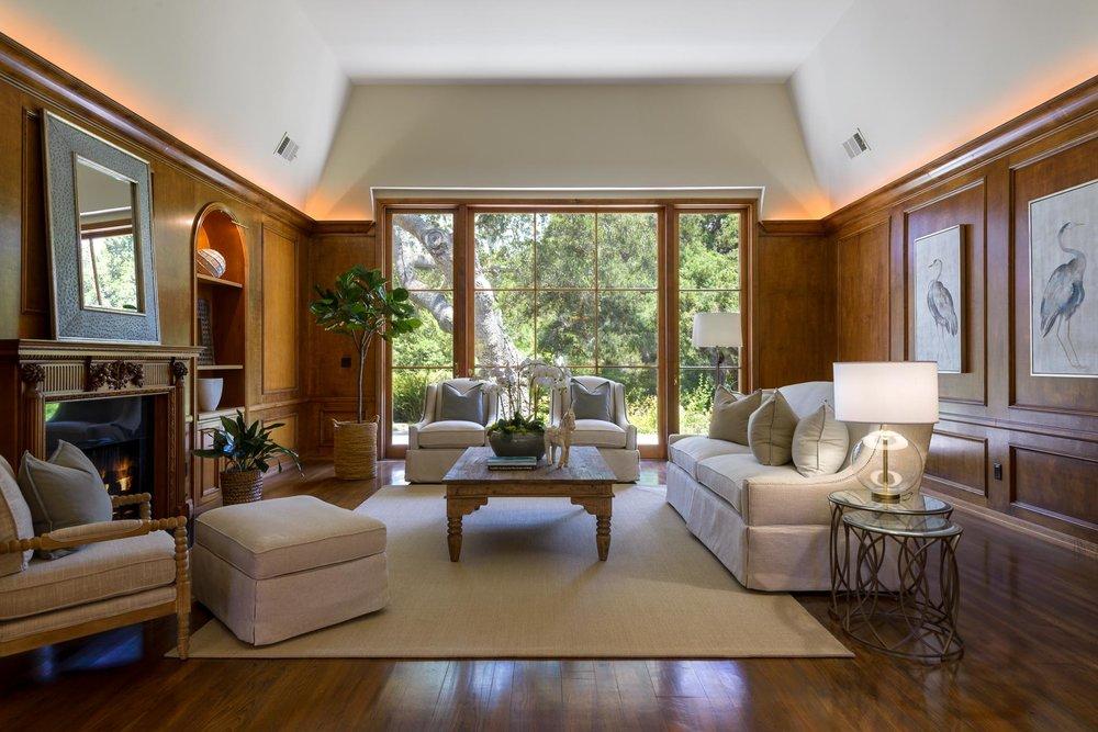 720 El Bosque Living Room