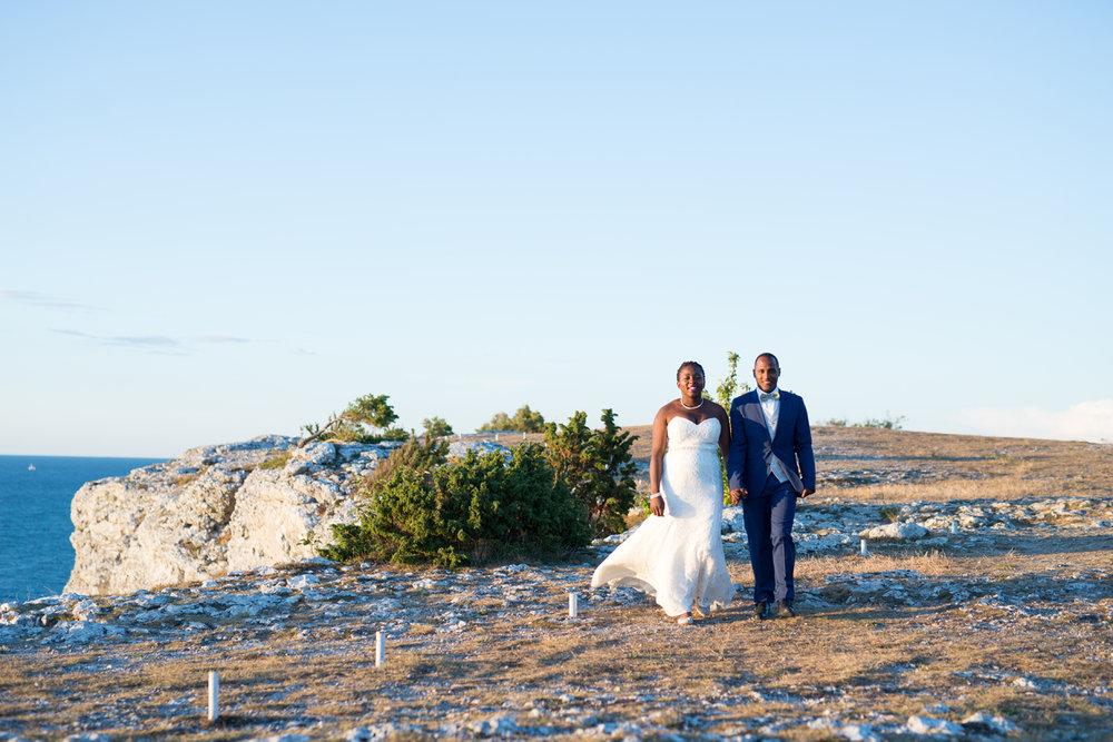 054-bröllop-gotland-fridhem-solnedgång-neas-fotografi.jpg