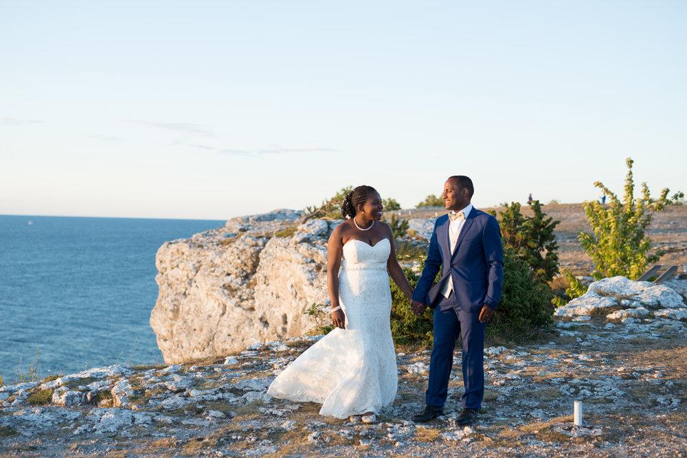 057-bröllop-gotland-fridhem-solnedgång-neas-fotografi.jpg