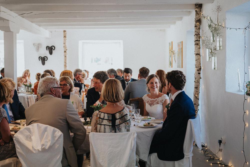 030-bröllop-hemma-hos-ulrika-gotland-neas-fotografi.jpg