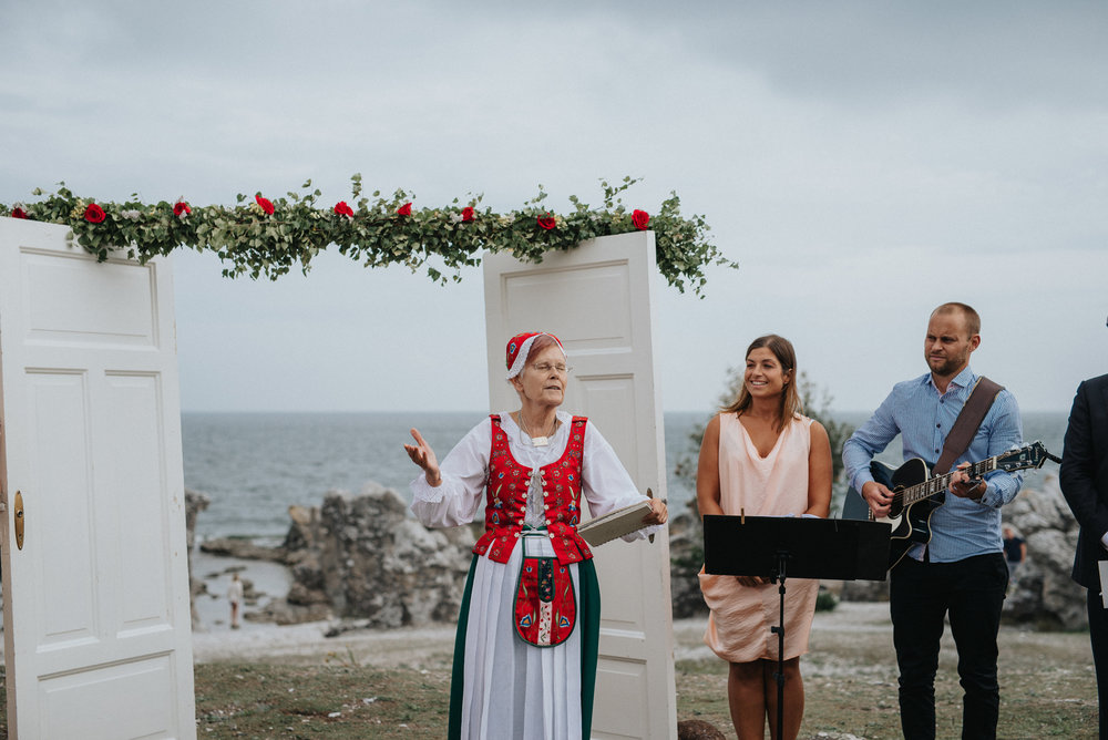 028-bröllopsfotograf-folhammar-gotland-neas-fotografi.jpg