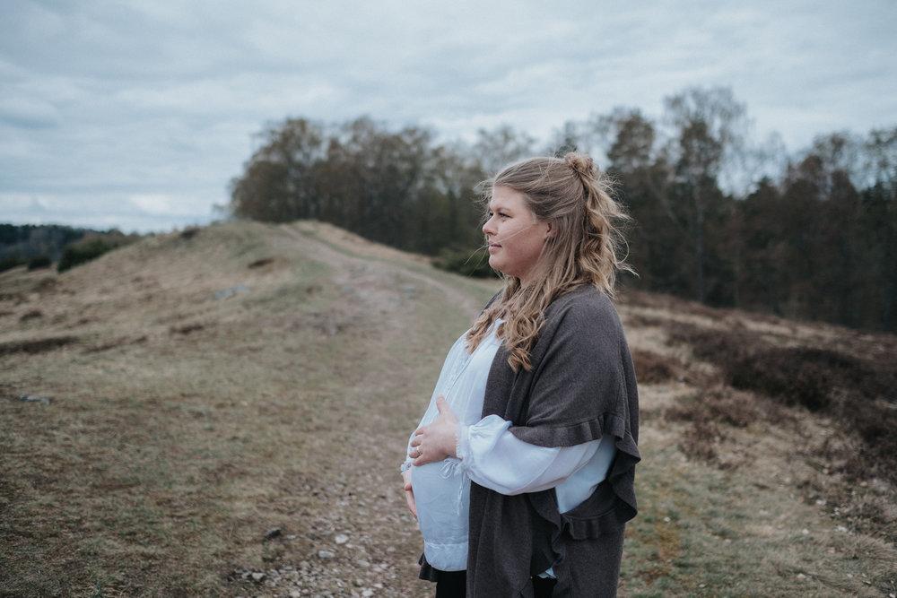 033-gravidfotografering-uppsala-neas-fotografi.jpg