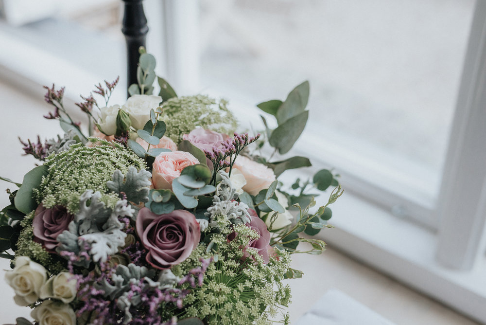 041-irisdals-blomsterhandel-brudbukett-neas-fotografi.jpg