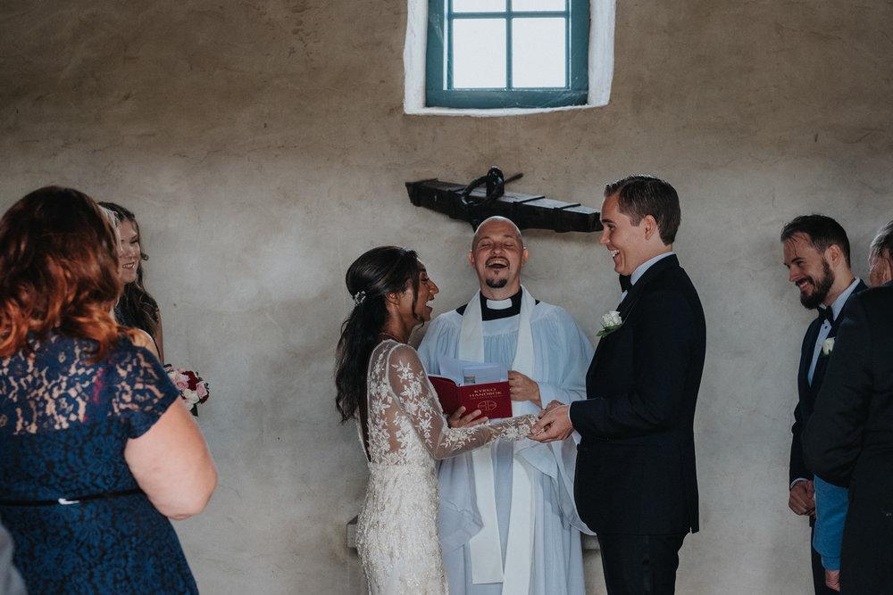 011-bröllop-kovik-gotland-neas-fotografi.jpg