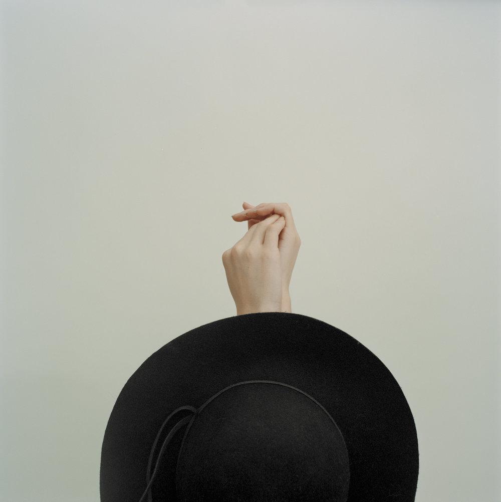 Maddalena+Arcelloni_A+Brief+History+of+a+Hat-5.jpg