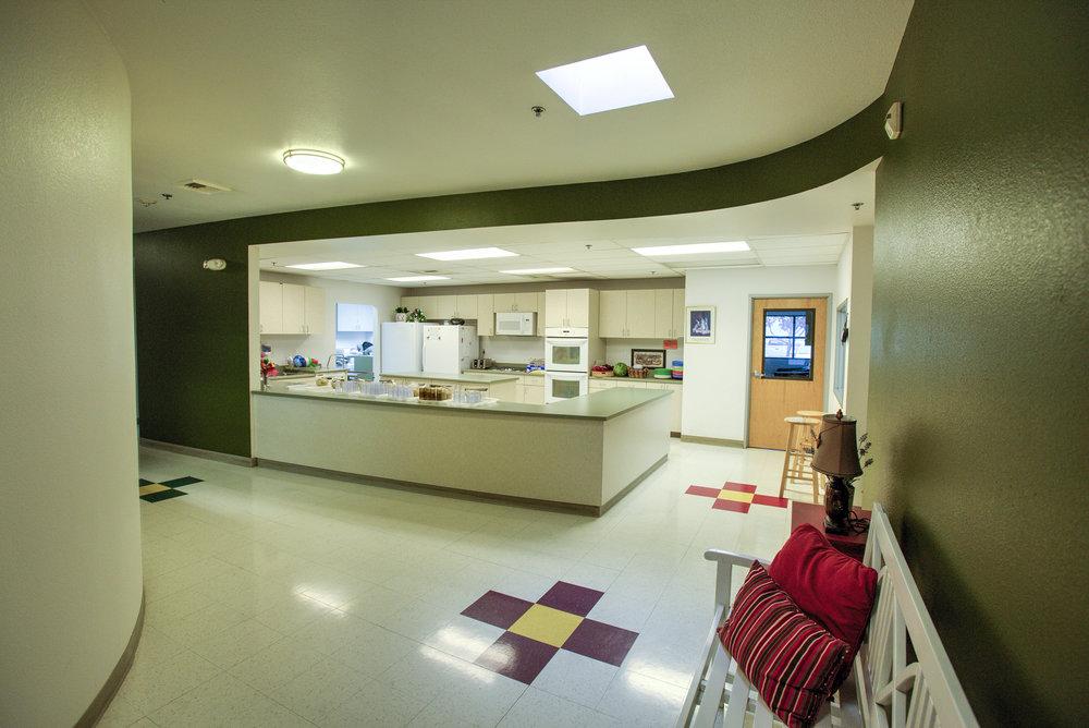 Little-Blossom-Montessori-Preschool-and-Daycare-Services-Sacramento-Natomas_05.jpg